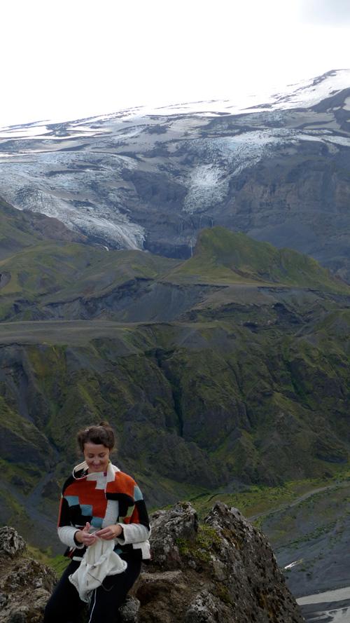 fireicetour_eyjafjallajokull_background
