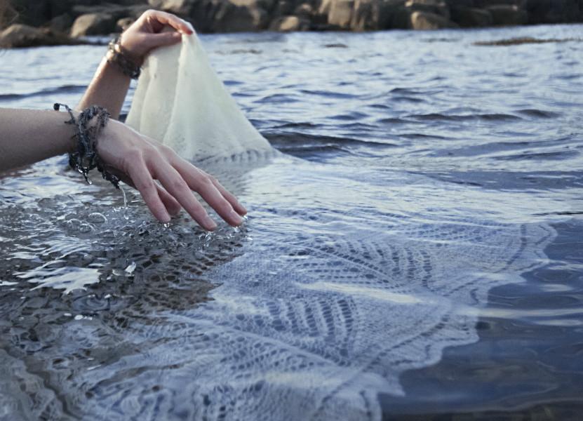 helen-robertson-jeweller-shawl-water